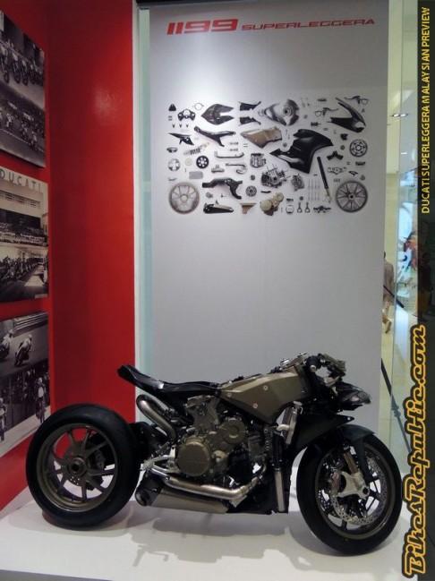 Ducati Superleggera (8)