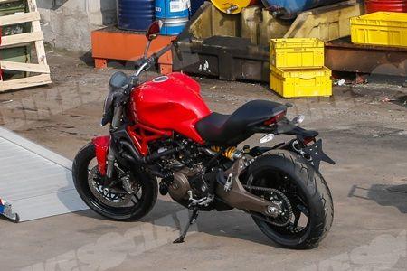 Ducati-Monster-821-01_450
