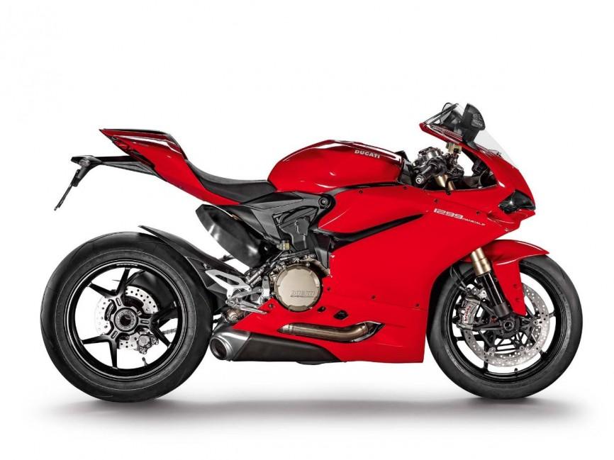 2015-Ducati-1299-Panigale-R-03