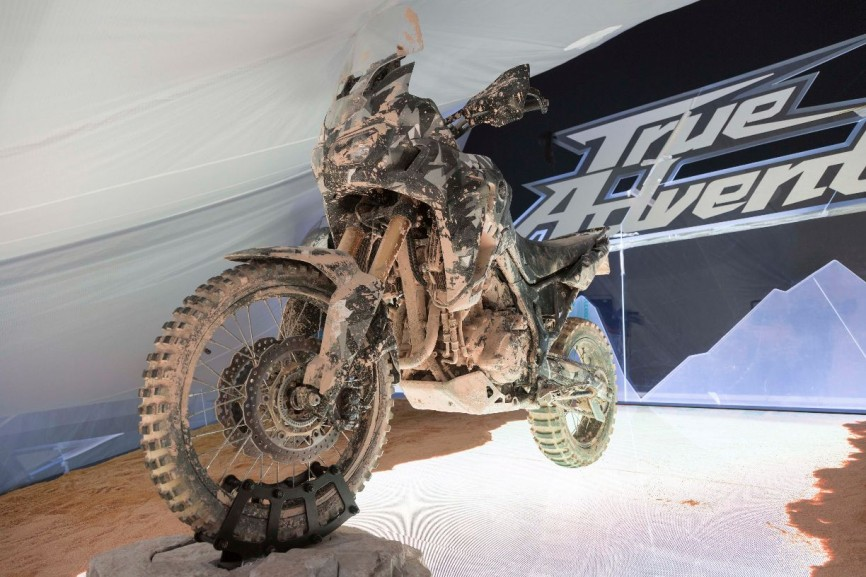 2015-Honda-Africa-Twin-True-Adventure-Prototype-02