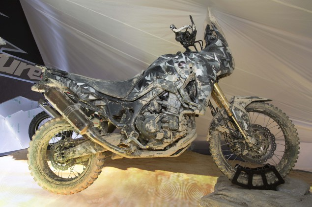 2015-Honda-Africa-Twin-True-Adventure-Prototype-06