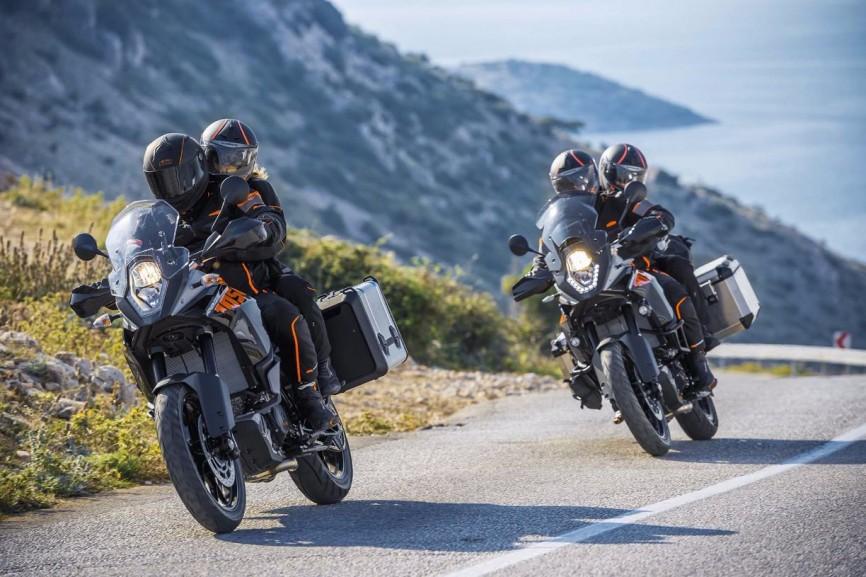 2015-KTM-1050-Adventure-EICMA-03