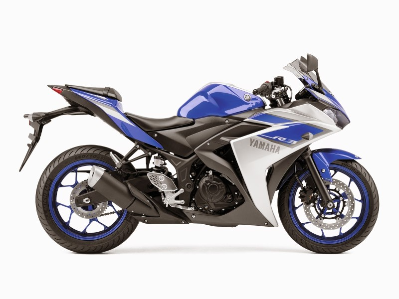 2015-yamaha-yzf-r3-first-official-pictures-photo-gallery_14
