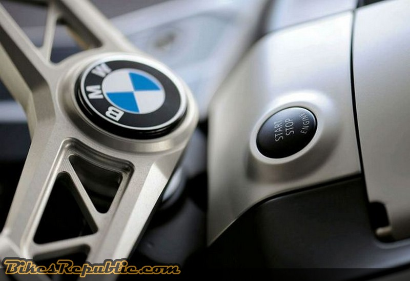 BMW00040