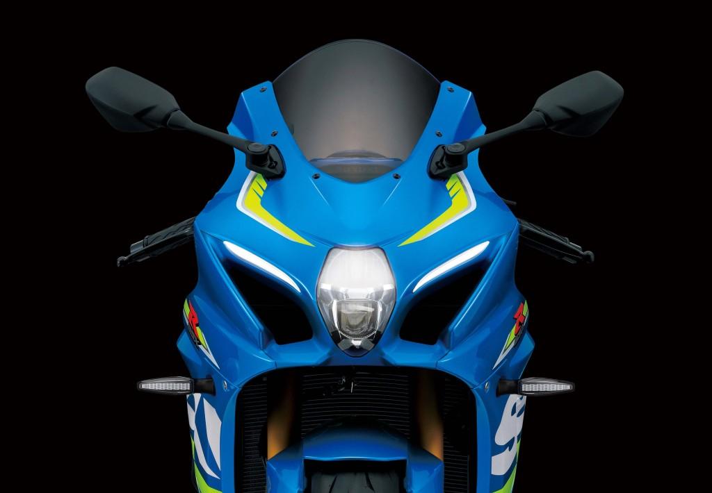 2017-Suzuki-GSX-R1000-concept-dev-04