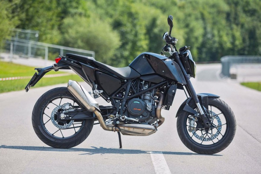 2016-KTM-690-Duke-update-01