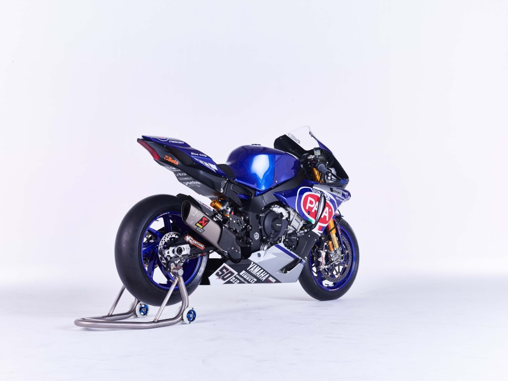2016-Yamaha-YZF-R1-World-Superbike-08