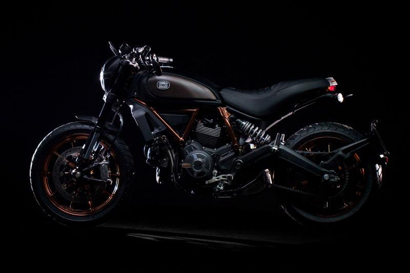 Scrambler_Ducati_Italia_Independent_004