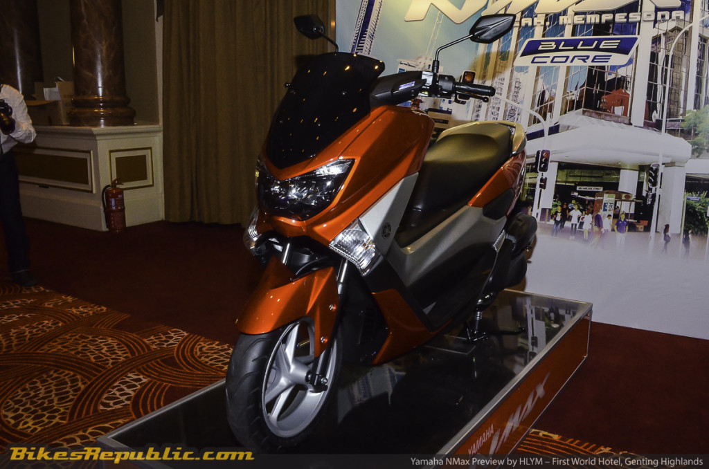 YAMAHA_NMAX_PREVIEW_-8