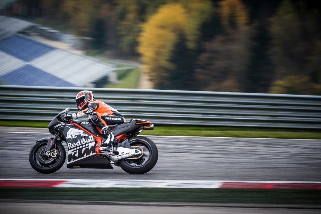 ktm-rc16-packs-270-hp-already-to-be-introduced-on-august-14_3