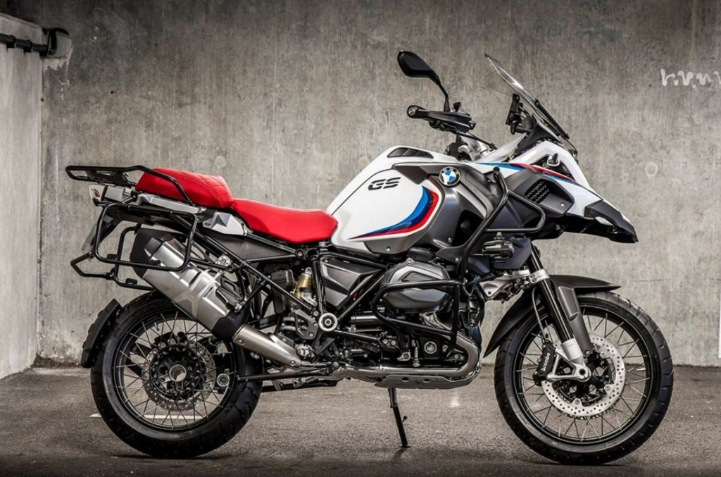 100-years-of-bmw-group-history-celebrated-with-iconic-100-limited-edition-bikes_4