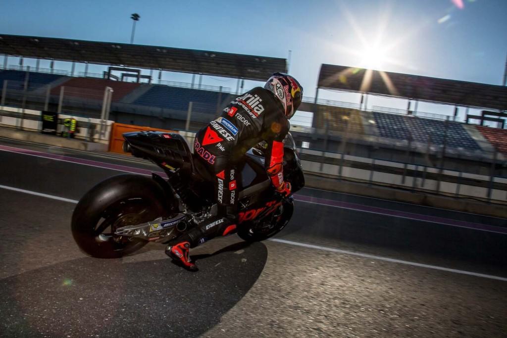 Alvaro-Bautista-Aprilia-RS-GP-testing-02