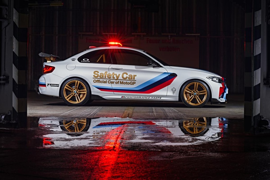 BMW_M2_MotoGP_Safety_Car_13