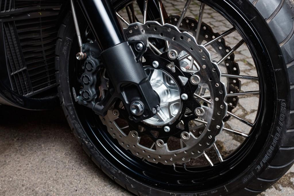 yard-built-vmax-cs07-gasoline-looks-like-a-dangerous-bike_8