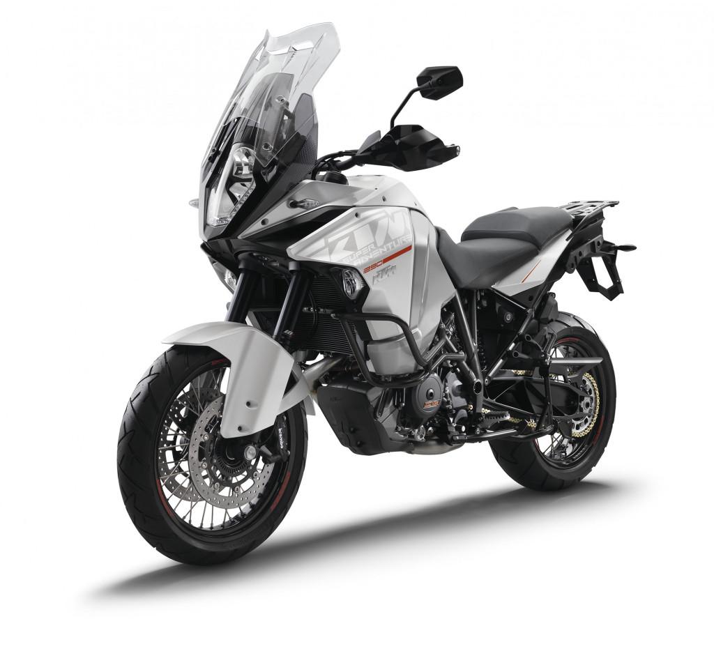 2015-KTM-1290-Super-Adventure2