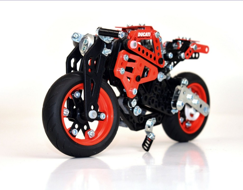 ducati-meccano-model-sets-are-probably-the-best-built-it-yourself-toys_1