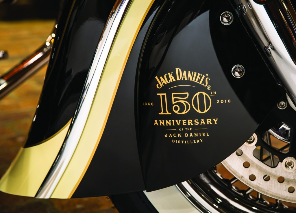 limited-edition-jack-daniels-indian-springfield-and-indian-chief-vintage_26