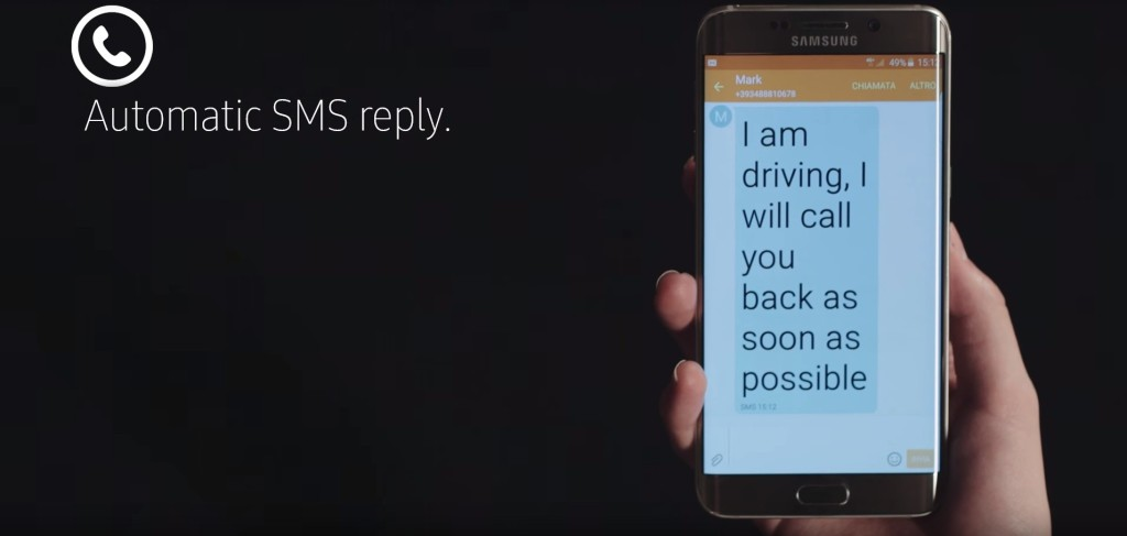 samsung-showcases-the-bike-windshield-that-checks-texts-calls-and-emails_7