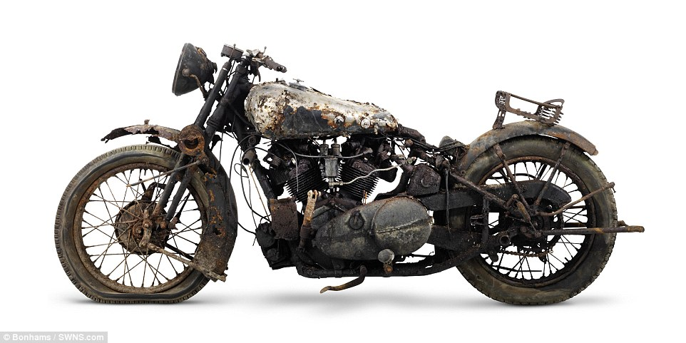 2F5D281700000578-3359441-The_bikes_were_called_the_Rolls_Royce_of_motorcycles_with_permis-m-58_1450119693335