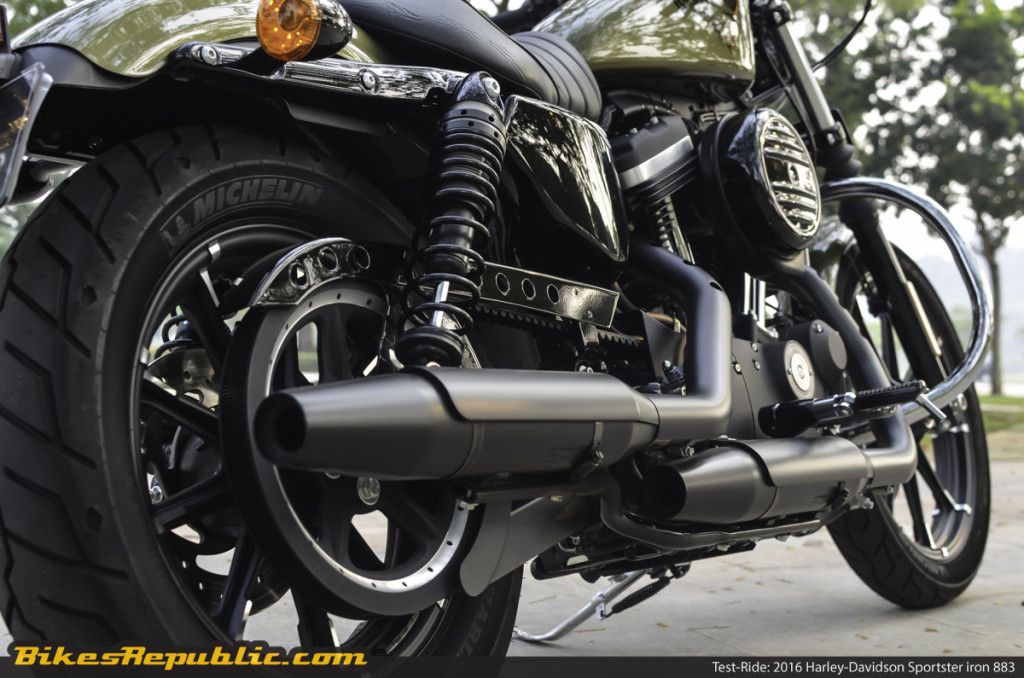BR_HD_Sportster_Iron_883_-6