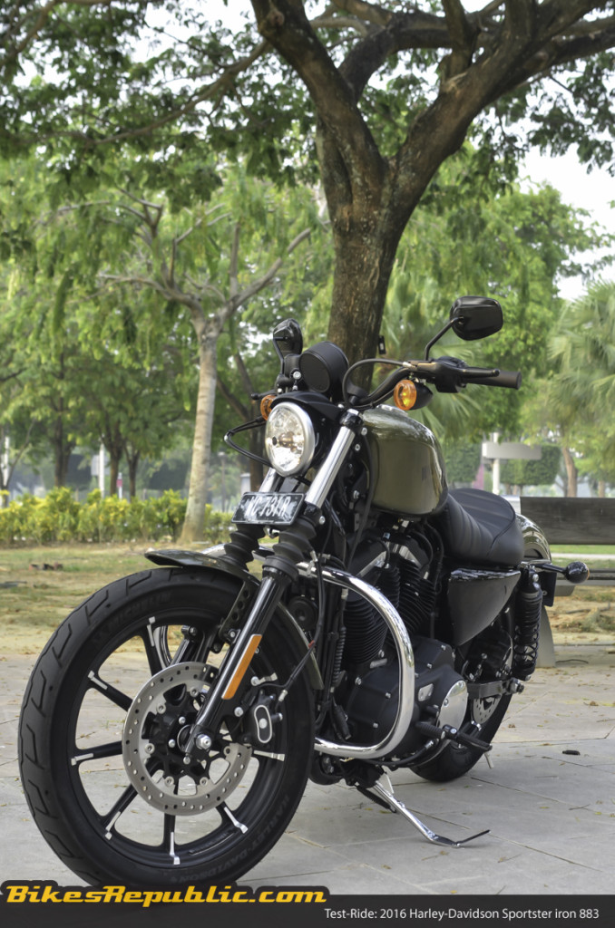 BR_HD_Sportster_Iron_883_05