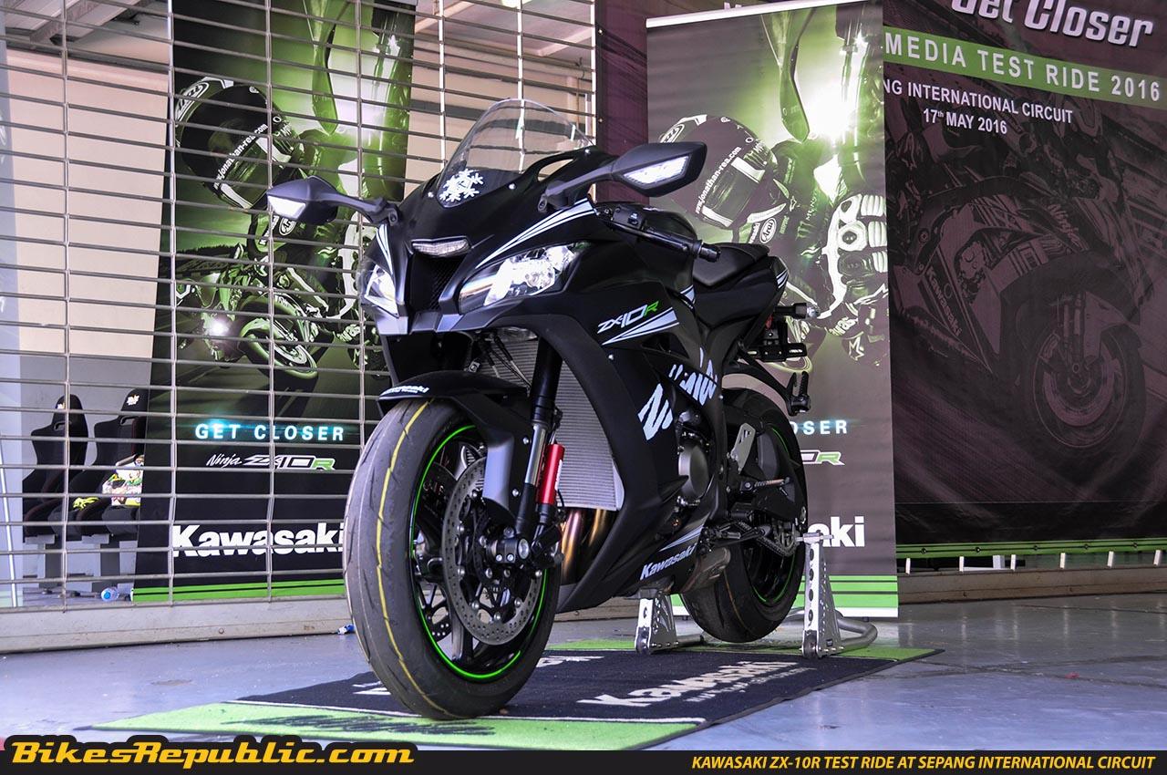 2017 Kawasaki Ninja Zx 10r Gets New Colour Bikesrepublic