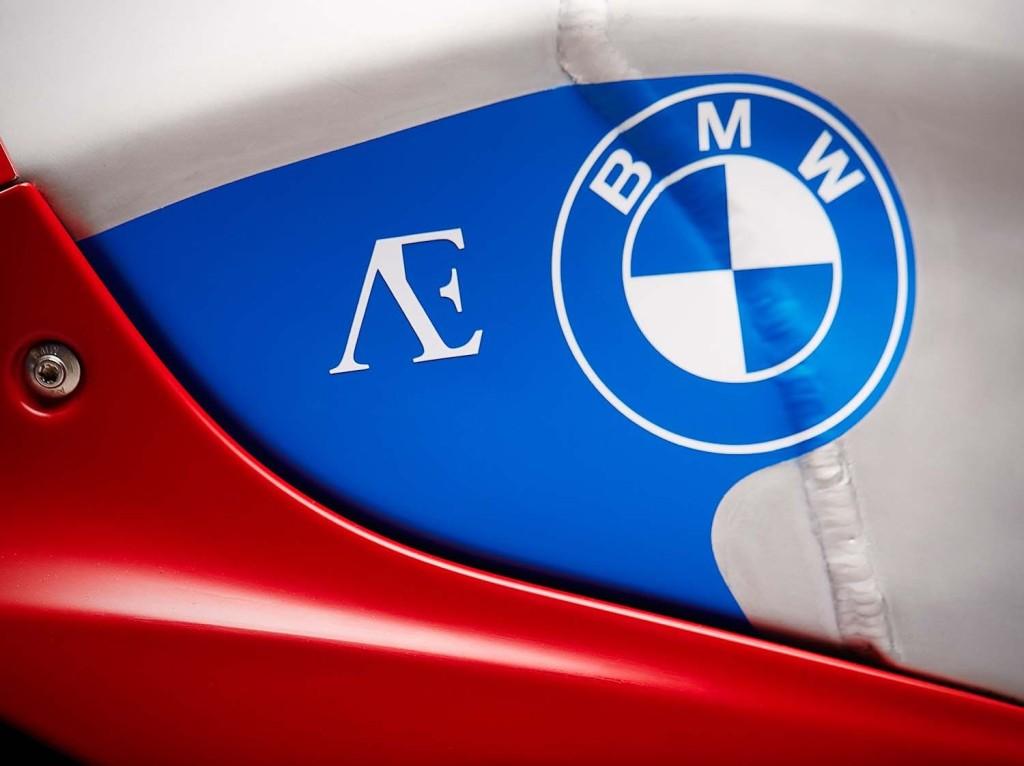 Praem-BMW-S1000RR-vintage-race-bike-11