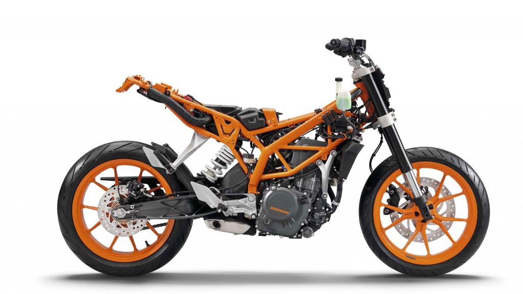 2015-KTM-390-Duke-engine-specs