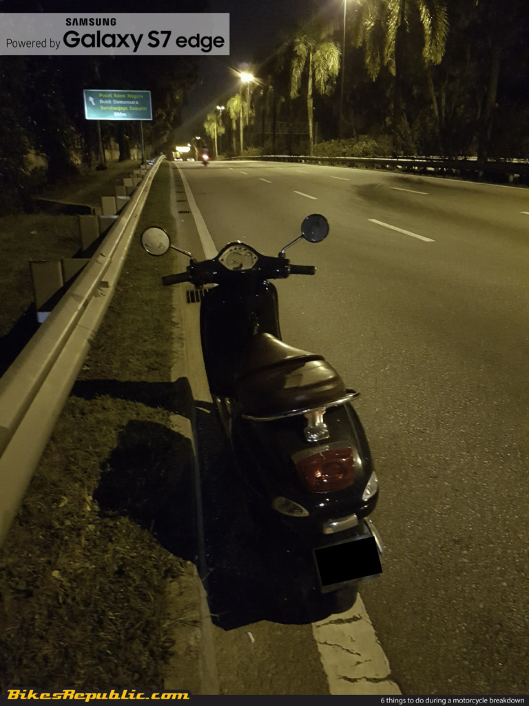 6 things to do during a motorcycle breakdown_-3