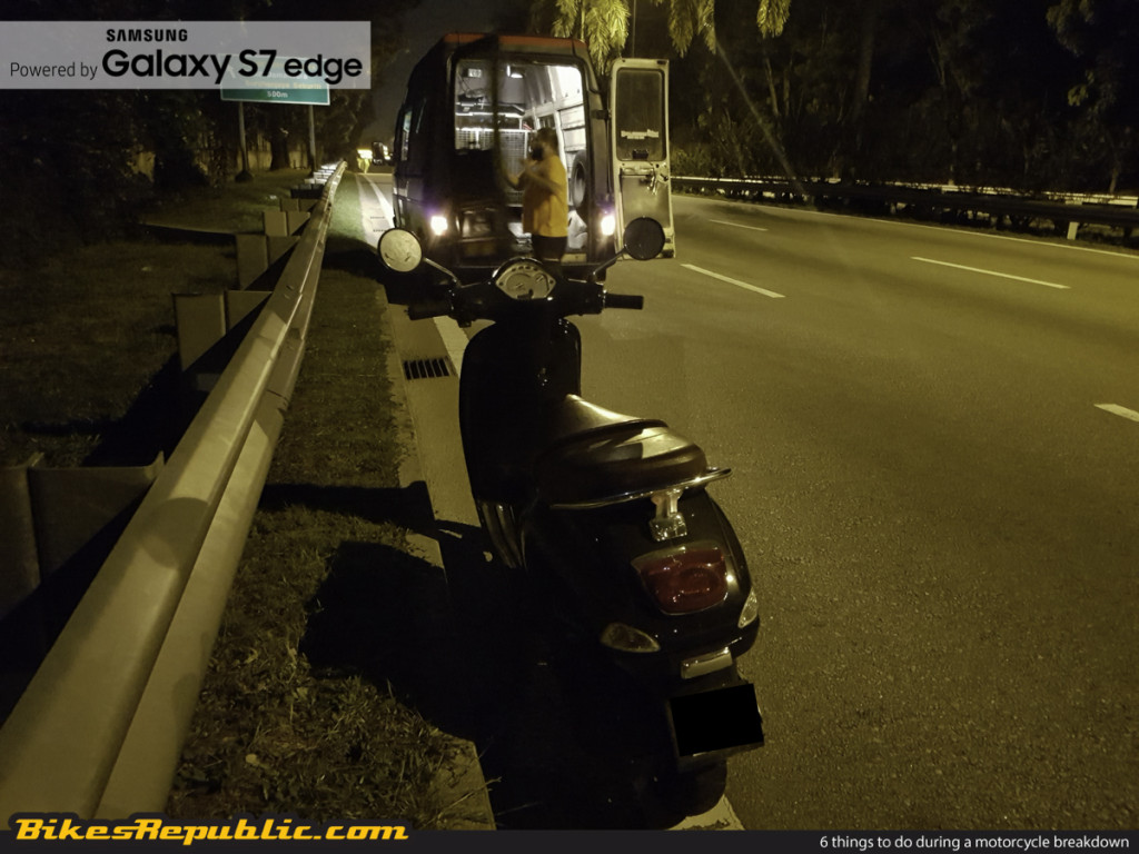 6 things to do during a motorcycle breakdown_-4