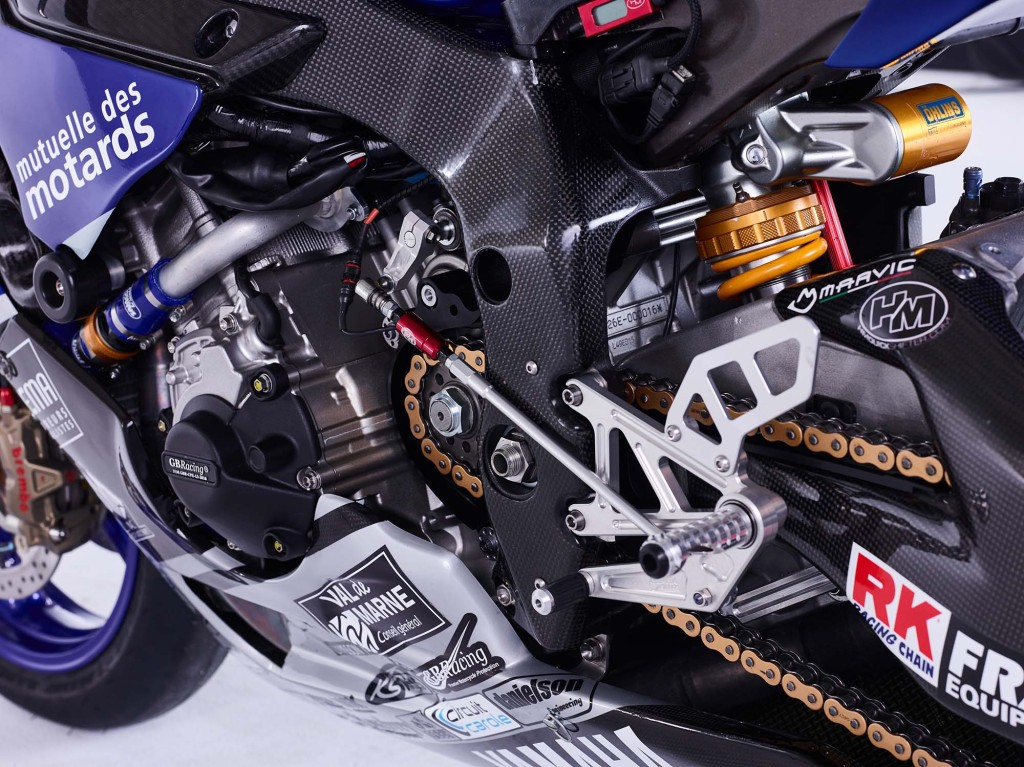 GMT94-Yamaha-YZF-R1-Official-EWC-race-bike-13