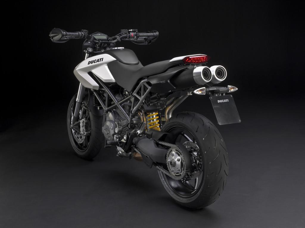 2010-Ducati-Hypermotard796c