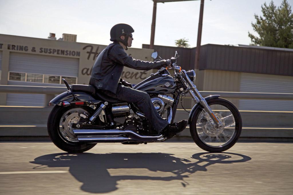 2013-Harley-Davidson-FXDWGDynaWideGlide1