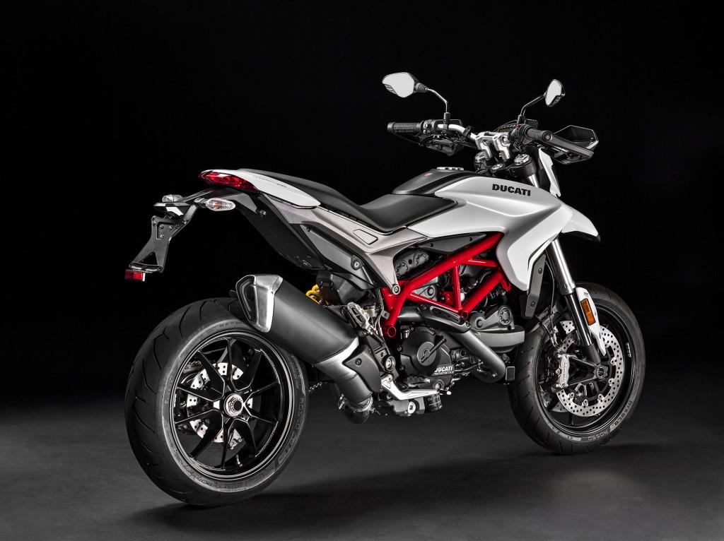 2016-Ducati-Hypermotard-939e