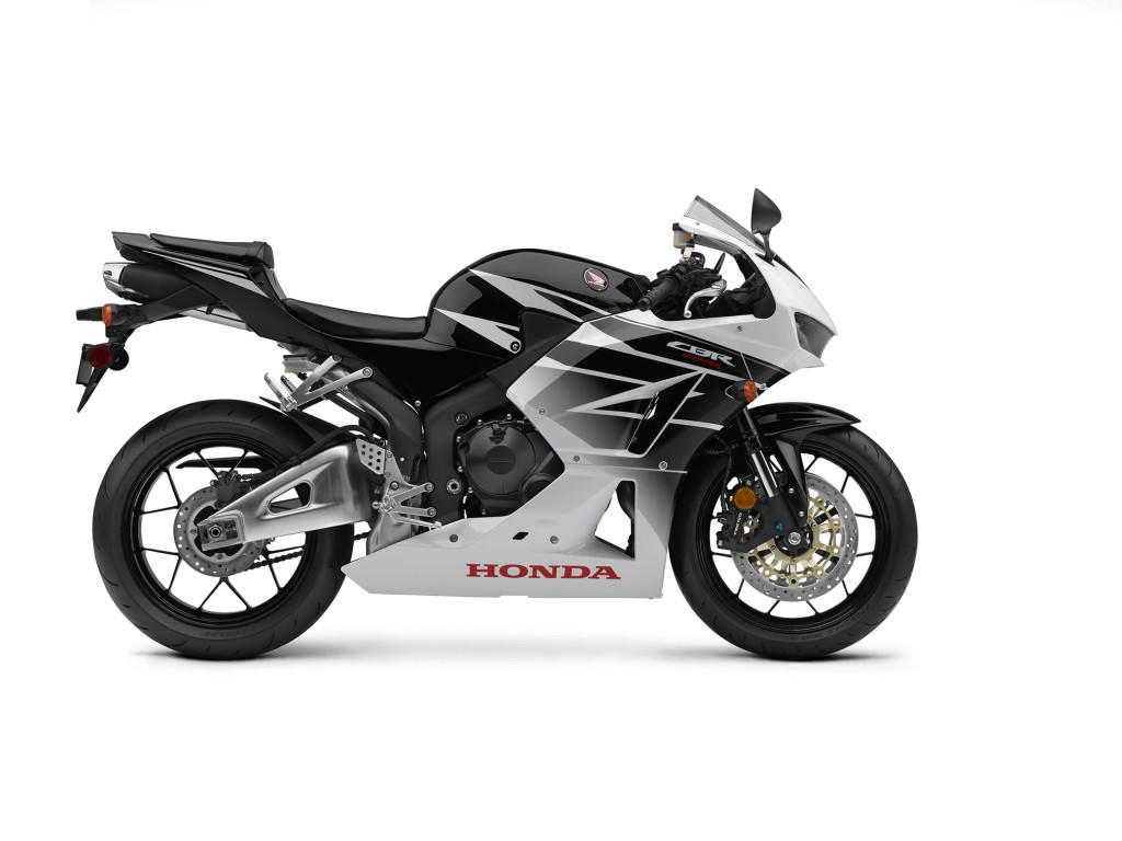 2016-Honda-CBR600RR2