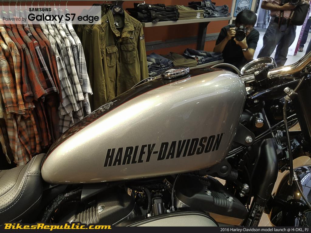 BR_Samsung_2016_harley-davidson_lineup_H-DKL_-20