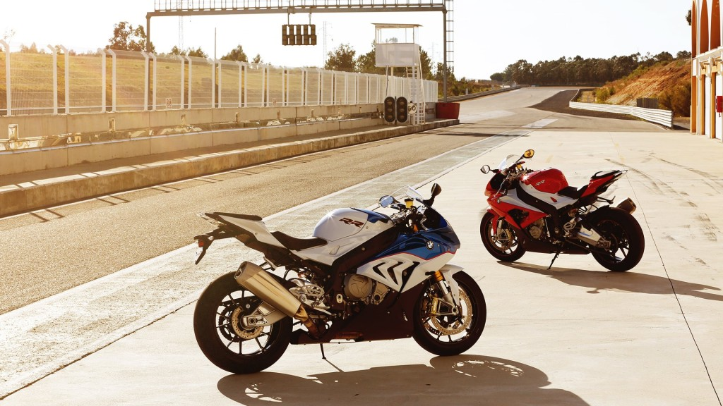 bmw-motorrad-post-record-2016-half-year-sales_3