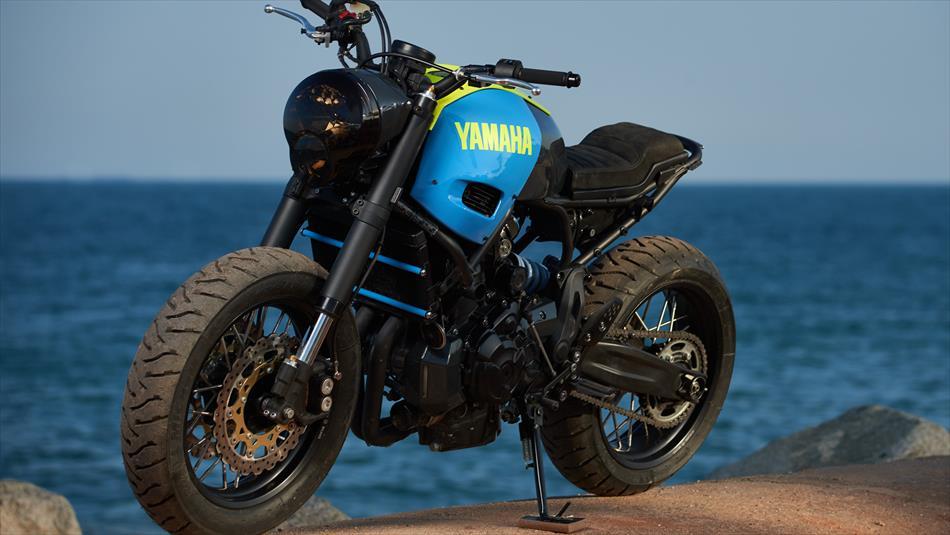 yamaha-yard-built-xsr700-otokomae-by-ad-hoc-is-a-minimalist-cafe-racer_23