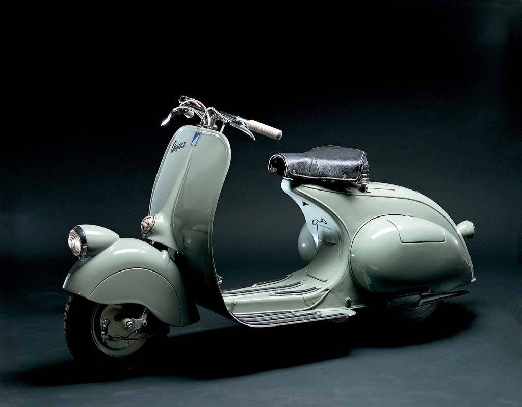 The 1946 Vespa 98 – The first Vespa production model.