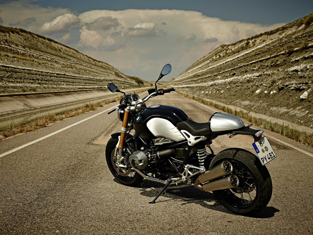 2016-BMW-RNineT1
