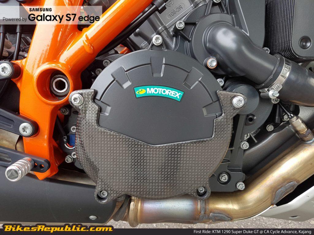 BR_Samsung_First_Ride_KTM_1290_Super_Duke_GT_-7