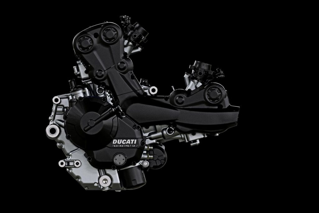 Ducati-Hypermotard-939-engine