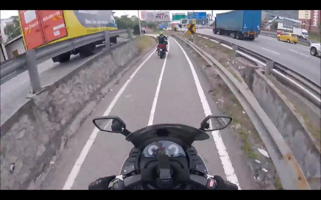 Screen grab from Autofreaks.com & i-moto.com.my's collaborative video