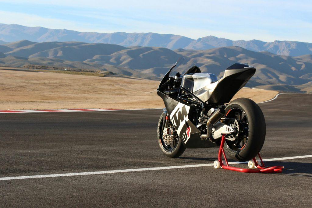 WP-KTM-Moto2-Almeria-2016