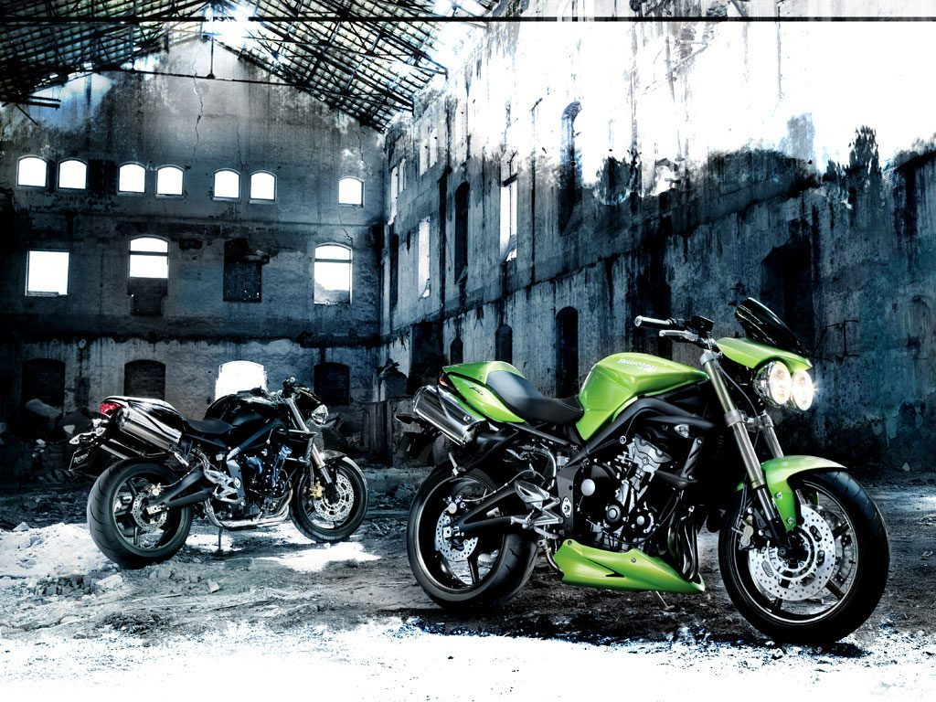 The first Triumph Street Triple 675 from 2007.
