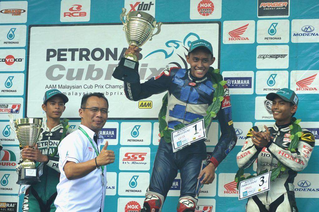 Podium CP115, juara - Fakhusy, kedua Md Akid dan Azroy
