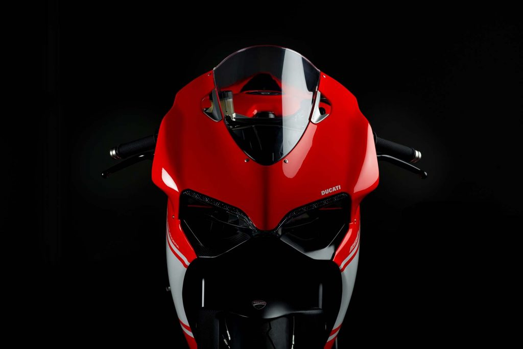 2014-ducati-1199-superleggera-studio-09