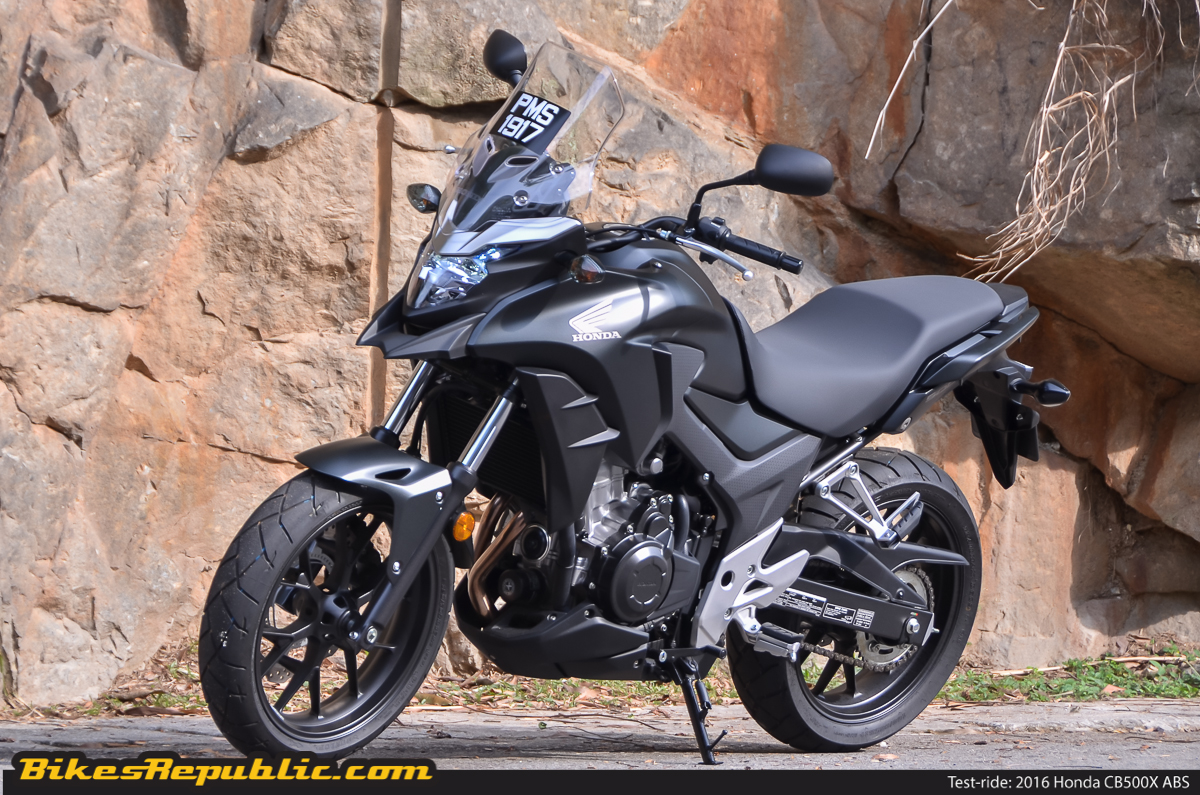 test ride 2016 honda cb500x abs bikesrepublic. Black Bedroom Furniture Sets. Home Design Ideas