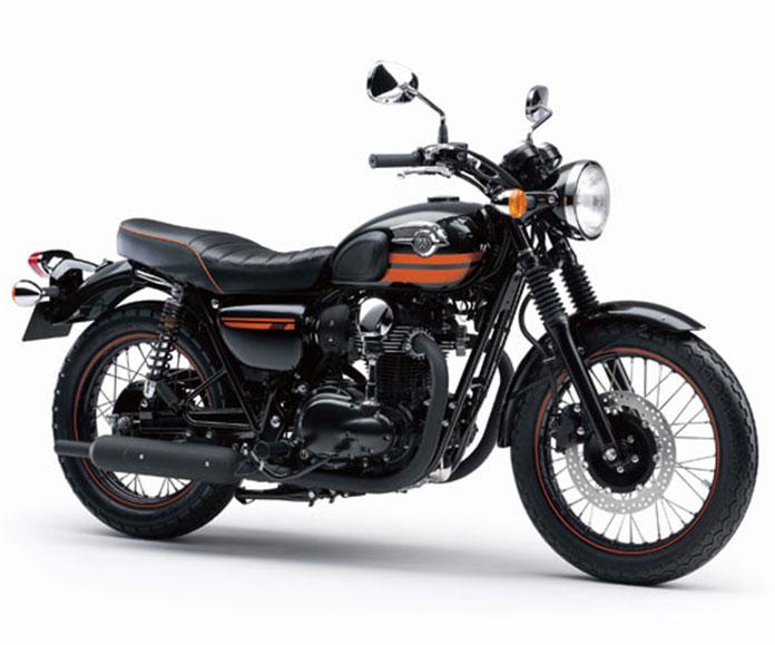 leaked images of the 2018 kawasaki z900rs retro bike. Black Bedroom Furniture Sets. Home Design Ideas