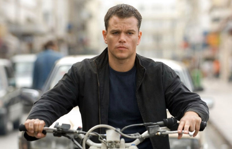 Screengrab of Matt Damon riding a Honda Cota 4RT in The Bourne Ultimatum
